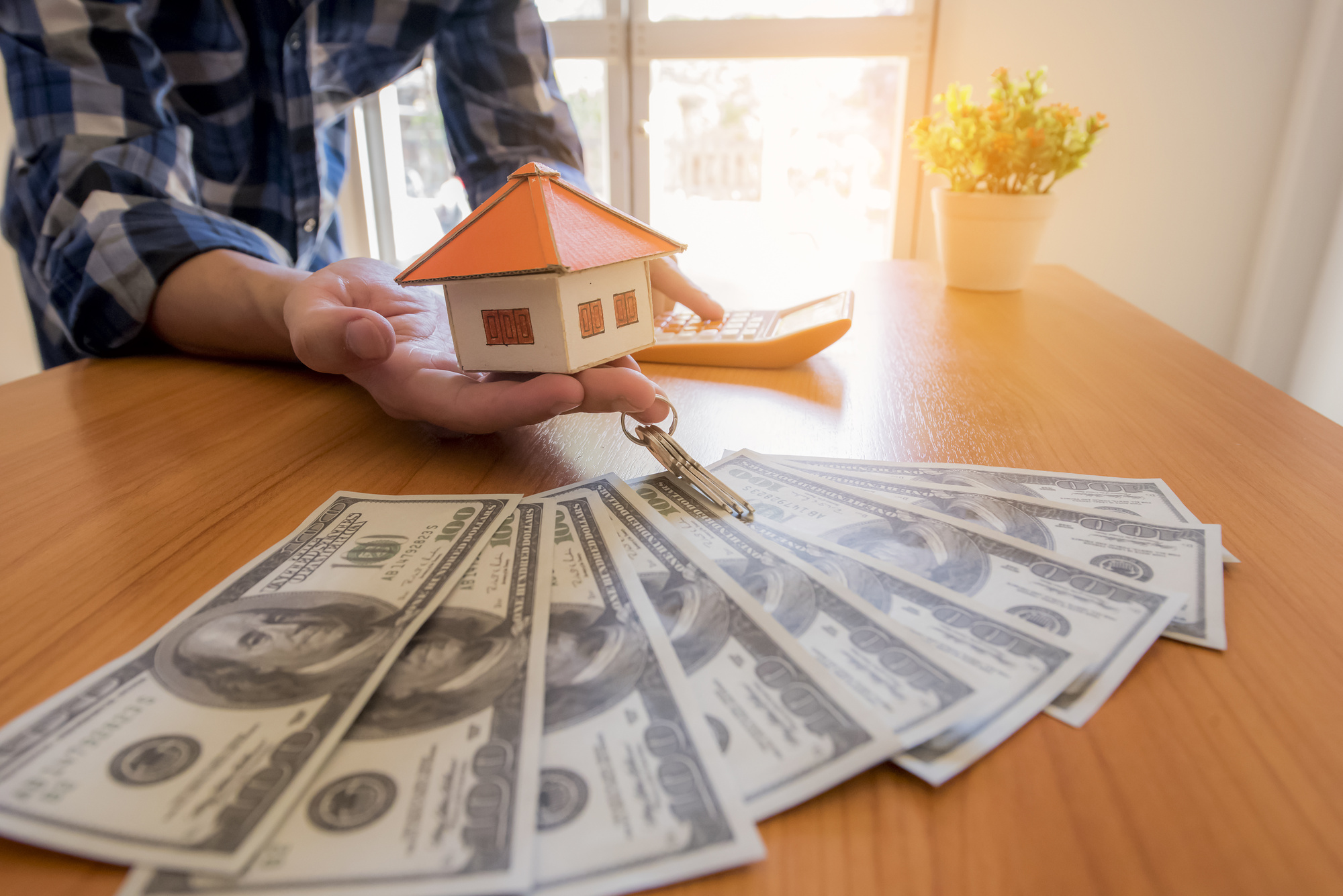 Top Factors to Consider When Selecting Cash House Buyers