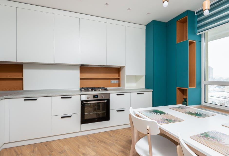 3 Key Advantages of Refinished Furniture
