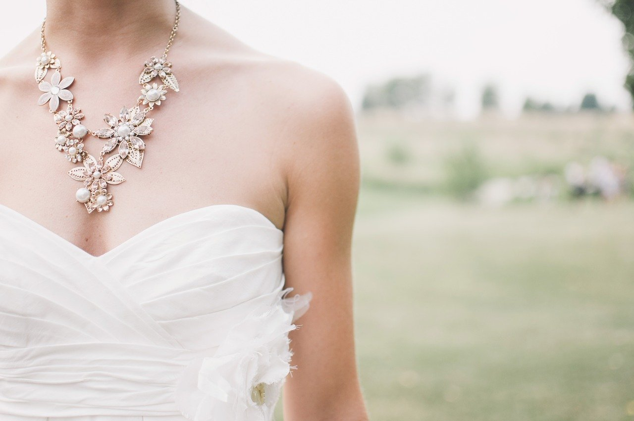 Tips To Pair Your Right Jewelry