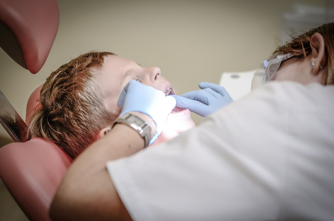 You Can Use These 5 Tips to Find a Gentle and Caring McMahons Point dentists