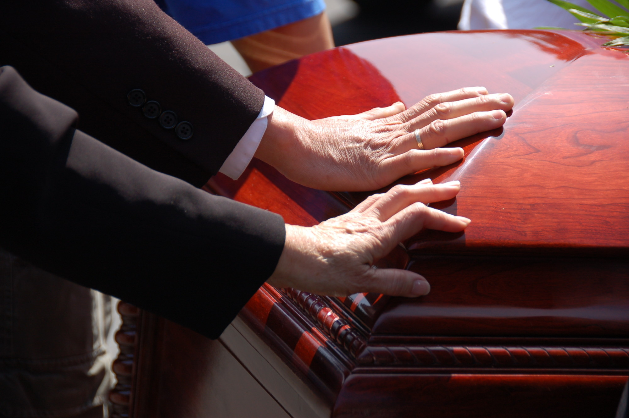 Grief Guides: What Does a Bereavement Counselor Do?