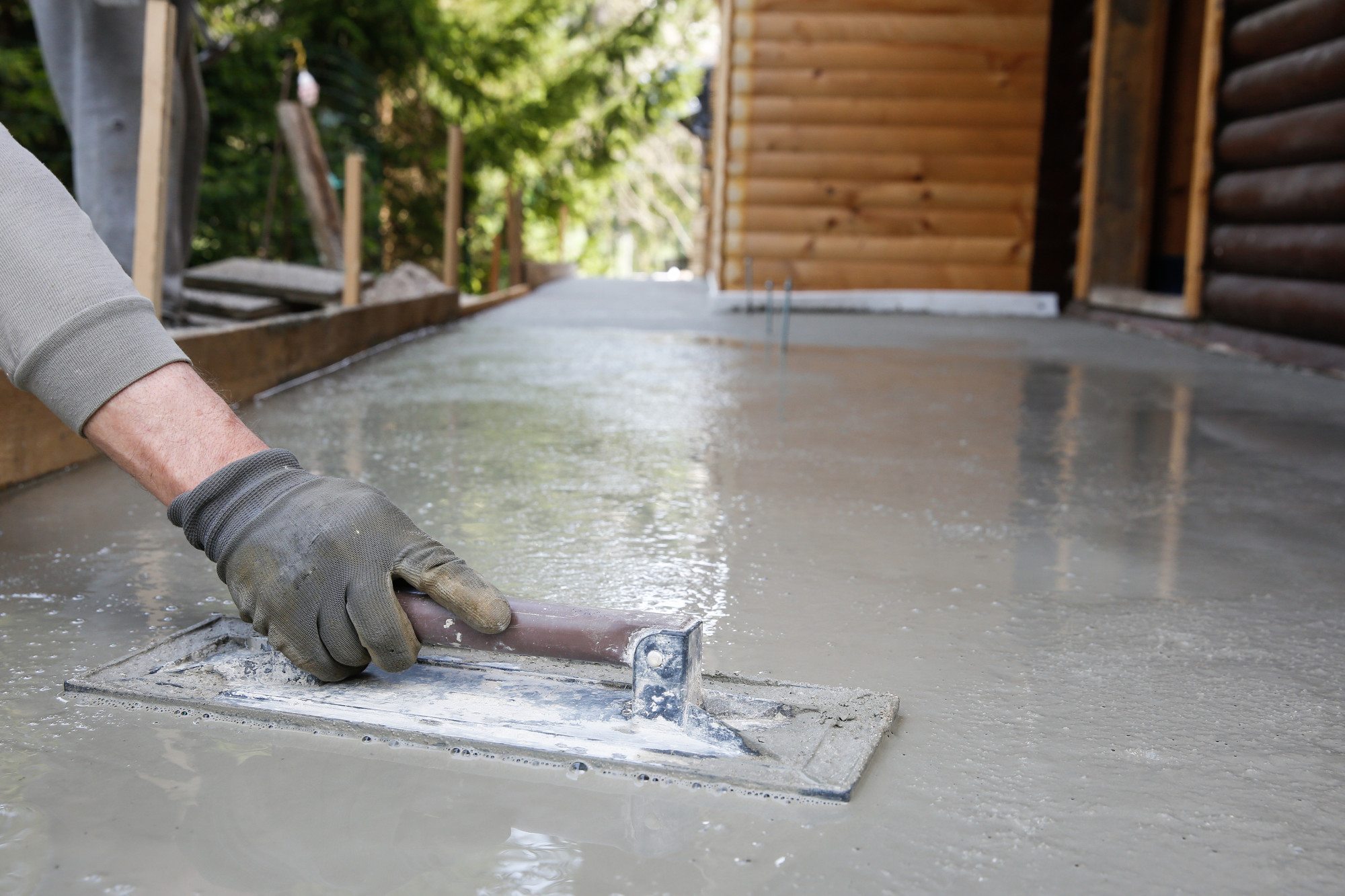 The Often Underestimated Benefits of Residential Concrete Flooring